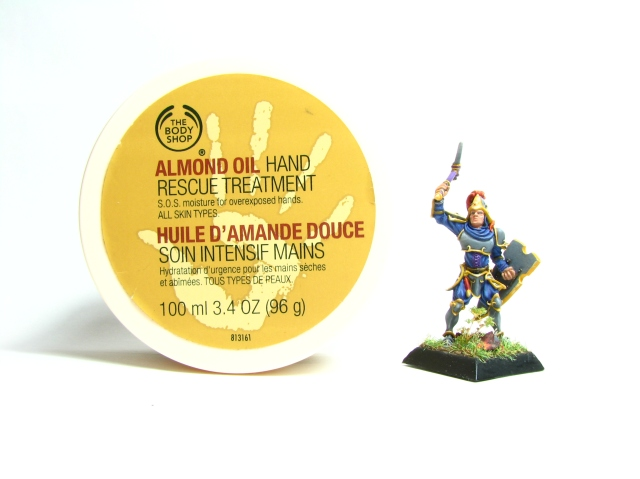 The Body Shop Almond Oil Hand Rescue Treatment - and Hilarion