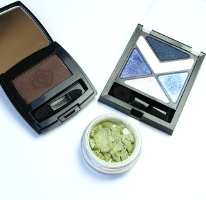 Lancome Ombre Hypnose in M204 Tres Chocolat, Bare Minerals Eyecolour in Envy, Maybelline Hyper Diamonds palette in BU-1
