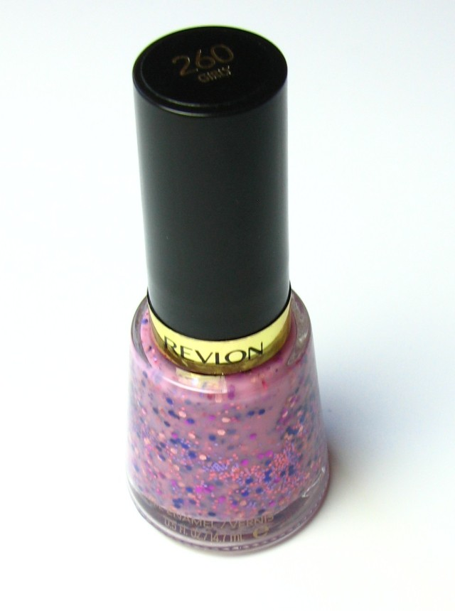 A little gem from Revlon's hoard - also part of my (hopefully growing) collection of milky/glitter polishes.
