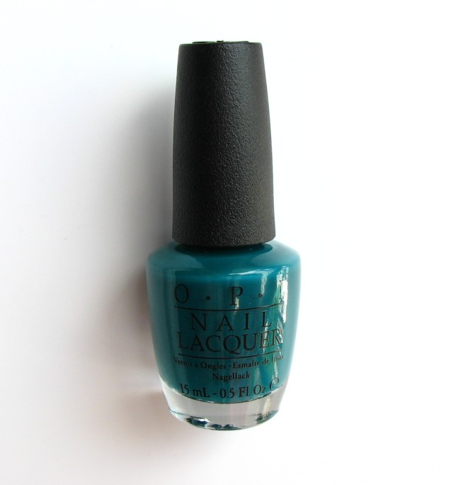 OPI Amazon...Amazoff from the new Brazil Collection. Green! Glorious green...and it is acctually a bit less blue in real life.