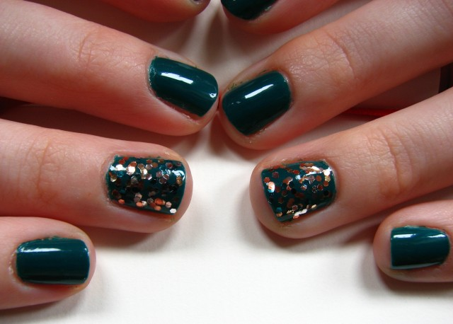 The Living Daylights feature nails 2
