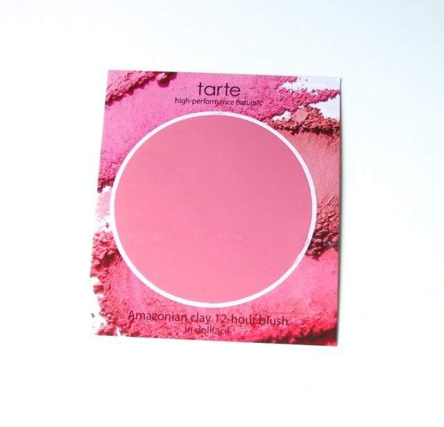 Shinies from the catacomb floor - a smaple of Tarte's Amazonian Clay 12-Hour Blush in Dollface. There's actually quite a bit of product here (depending on how doll-like you want to look).
