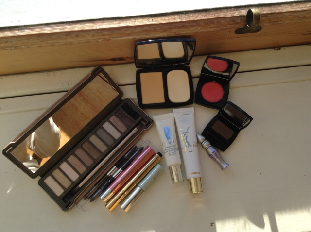 Wedding guest makeup look tools!