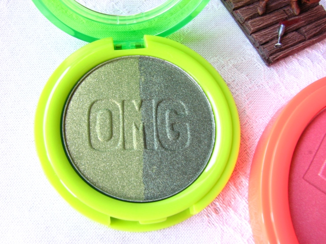 Australis Neon Crush Collection Eyeshadow and Blush  Swatches and Review