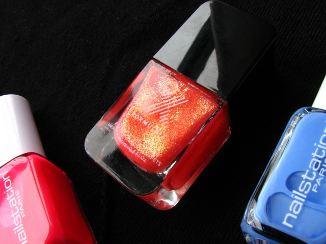 Nailstation Paris nail polish in coeur de paris and cocorico
